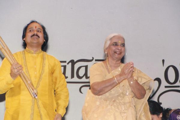 Ronumajumdar with girija devi