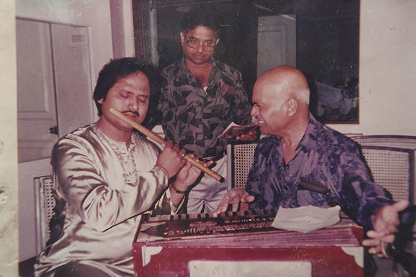 Ronumajumdar with khayyam