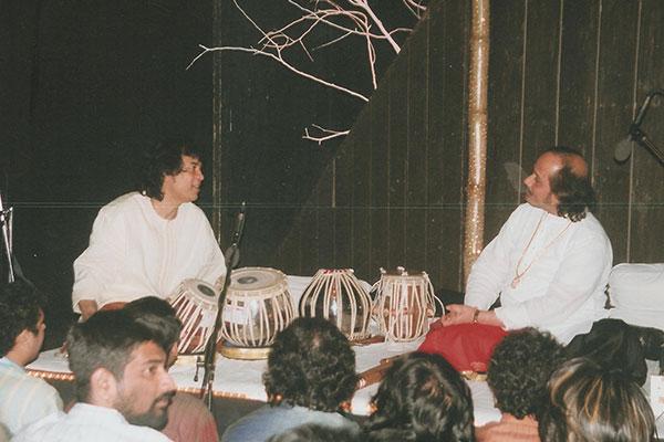 Ronumajumdar with zakir hussain
