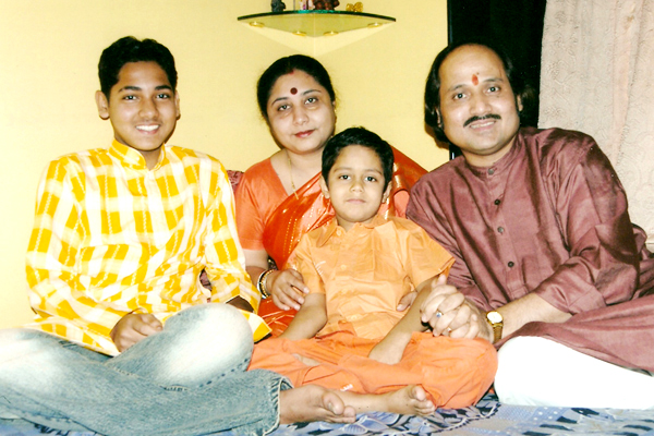 With wife Sangeeta,son Siddharth and son Hrishikesh