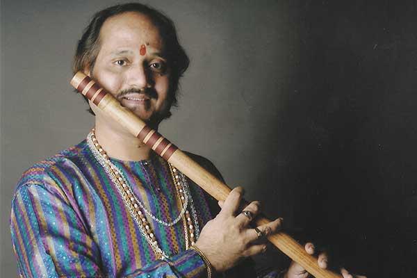 Ronu majumdar flautist