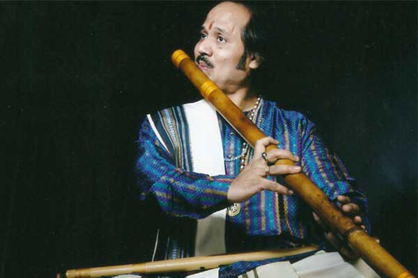Ronu majumdar indian flute player