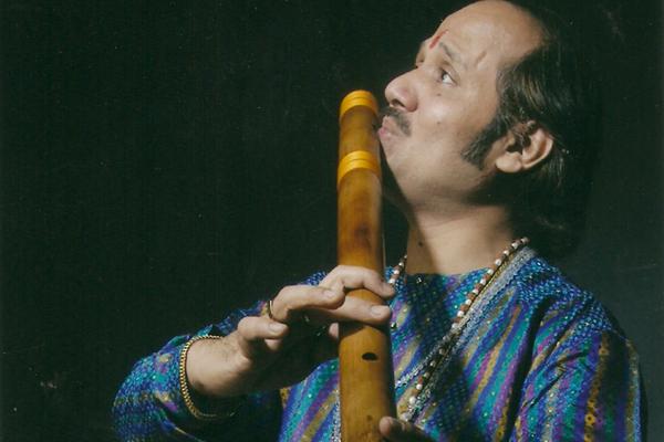 Indian flute musician